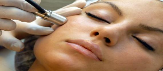 دکتر زیبایی درباره میکرودرم ابریشن می گوید